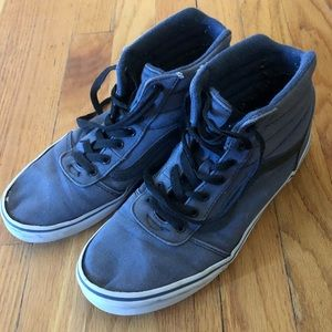 Vans High Top Youth Size 7